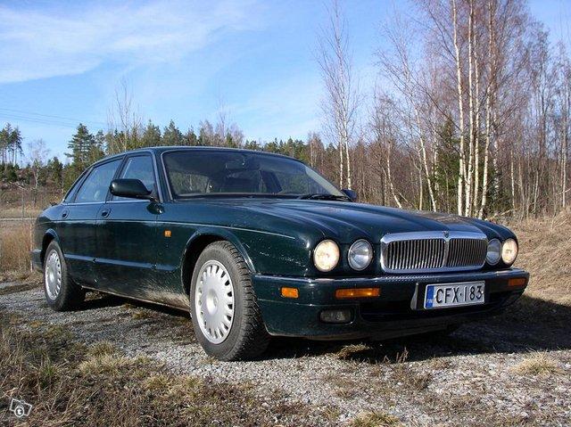 Jaguar XJ 6 3,2 autom. 1995 8