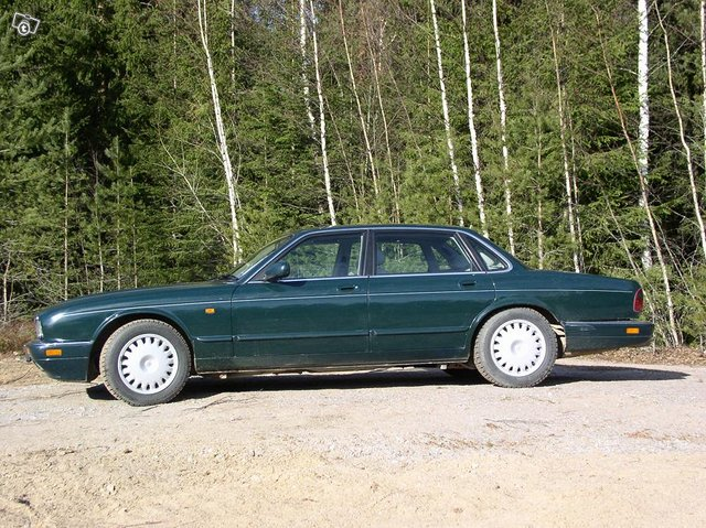 Jaguar XJ 6 3,2 autom. 1995 3