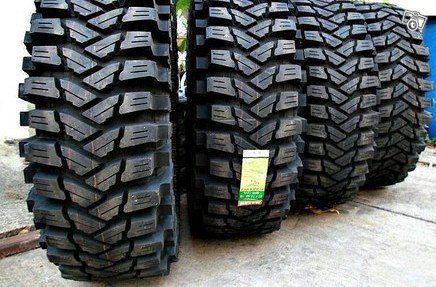 Uudet renkaat 35x12,50-17 Maxxis Trepador BIAS