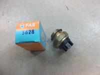 Jäähdyttimen puhaltimen katkaisin Saab/MB FAE36280 -89