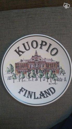 Kuopion kaupungintalo seinälautanen