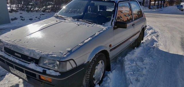 Toyota Corolla 1,3FX -85